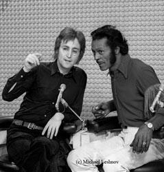 John-Lennon-Chuck-Berry