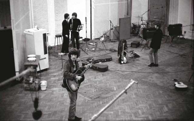 Omnibus Press - The Beatles (20)